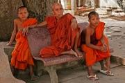 Mönch und Novizen