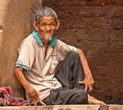 Alter Mann Pnom Dha